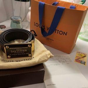 Louis Vuitton inventeur belt